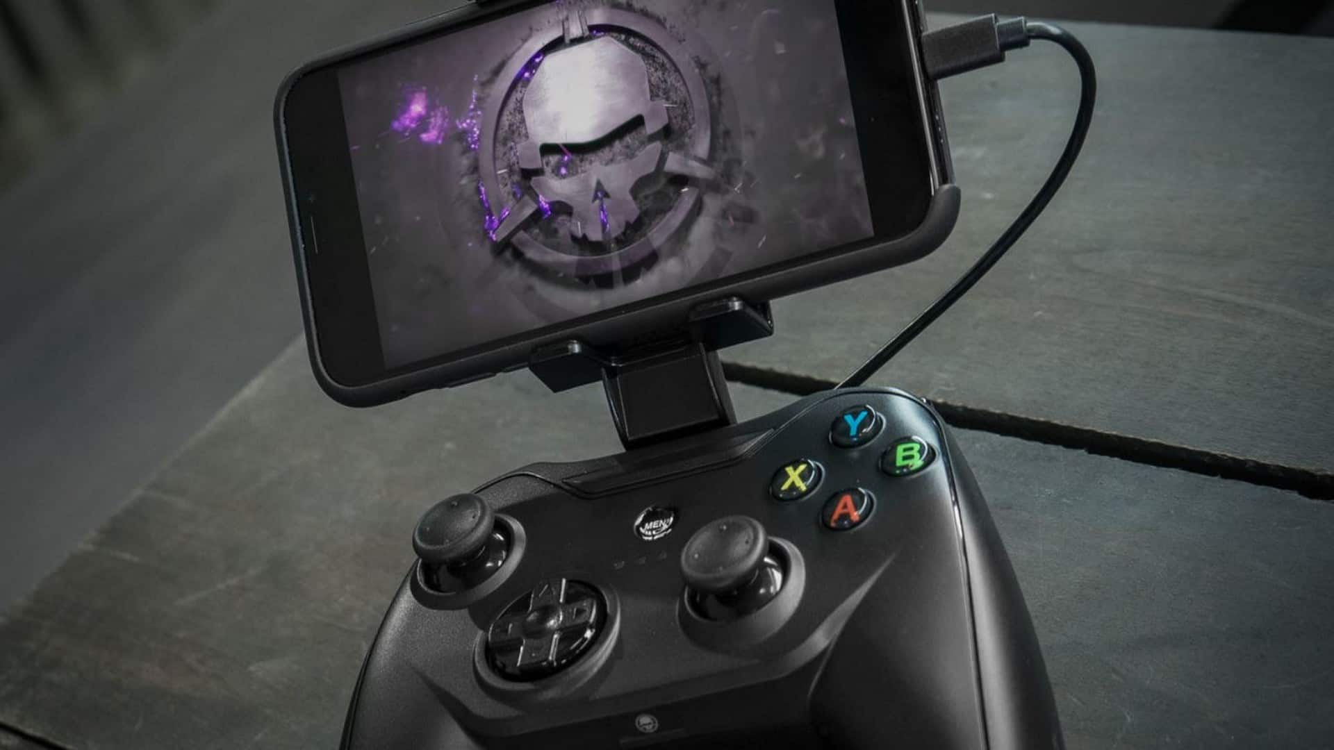 Rotor Riot's Next-Gen Controller Allows Gamers To Play Console, PC & Mobile Games On iPhone, iPad & iPod Touch